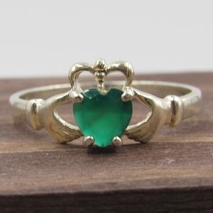 Size 9.75 Sterling Chrysoprase Claddagh Band Ring